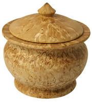 Токарные  изделия вытачиваю под заказ из ценных  и экзотических пород  дерева. Качественно